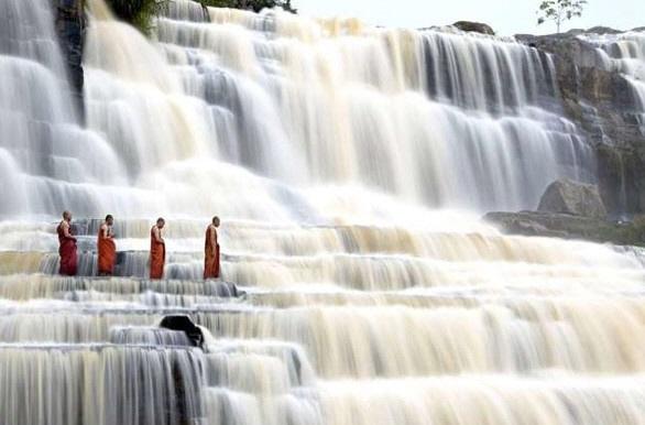 los dos monjes